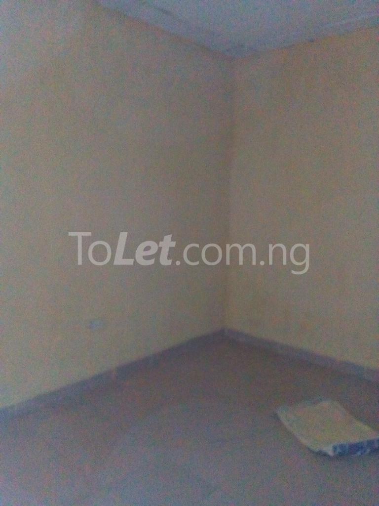 2 bedroom Shared Apartment Flat / Apartment for rent Alahusa  area white sand Ijegun Ikotun/Igando Lagos - 6