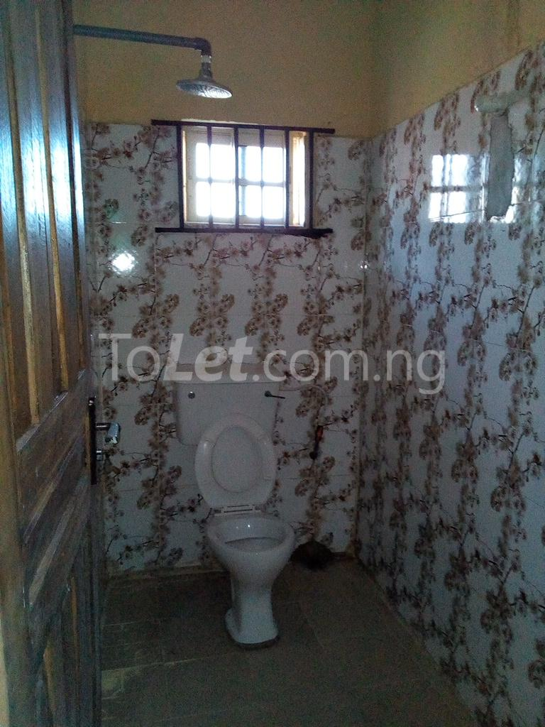 2 bedroom Shared Apartment Flat / Apartment for rent Alahusa  area white sand Ijegun Ikotun/Igando Lagos - 8