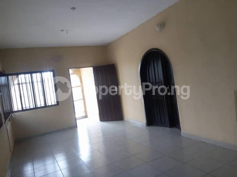 2 bedroom Blocks of Flats House for rent iyana ipaja, pleasure bus stop Abule Egba Lagos - 6