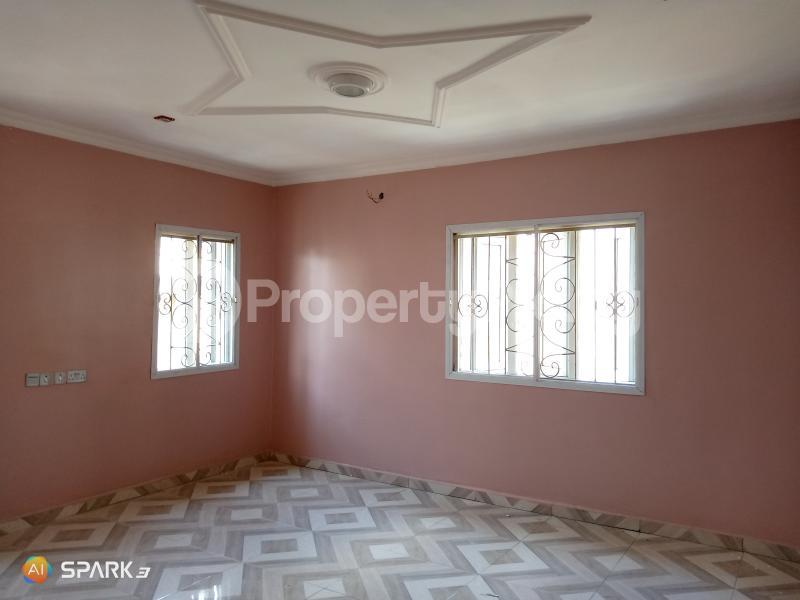 3 bedroom Blocks of Flats House for rent Jakande  Jakande Lekki Lagos - 5