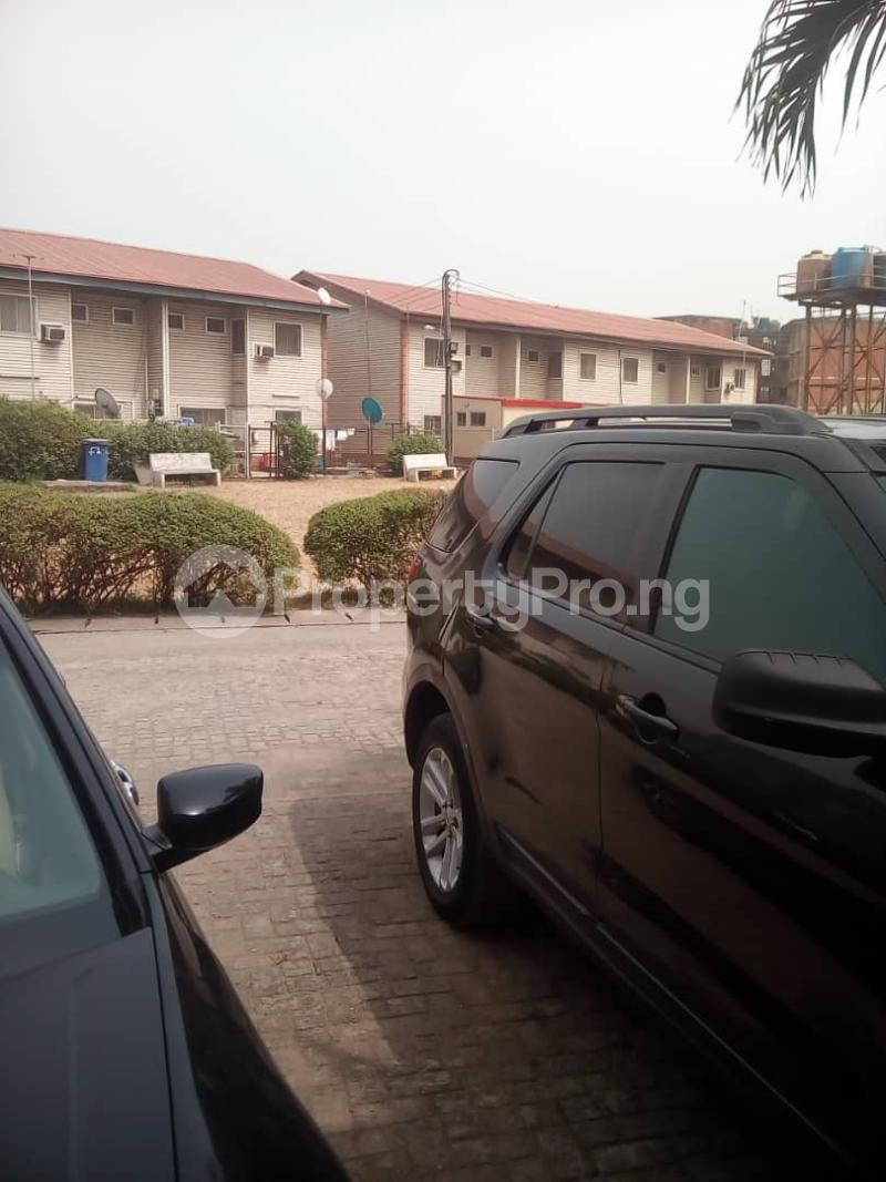 3 bedroom Terraced Duplex House for rent ROYAL ESTATE OFF BODE THOMAS Bode Thomas Surulere Lagos - 12