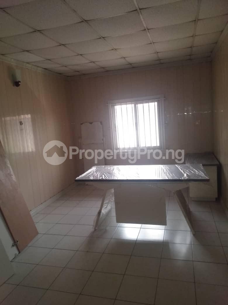 3 bedroom Terraced Duplex House for rent ROYAL ESTATE OFF BODE THOMAS Bode Thomas Surulere Lagos - 9