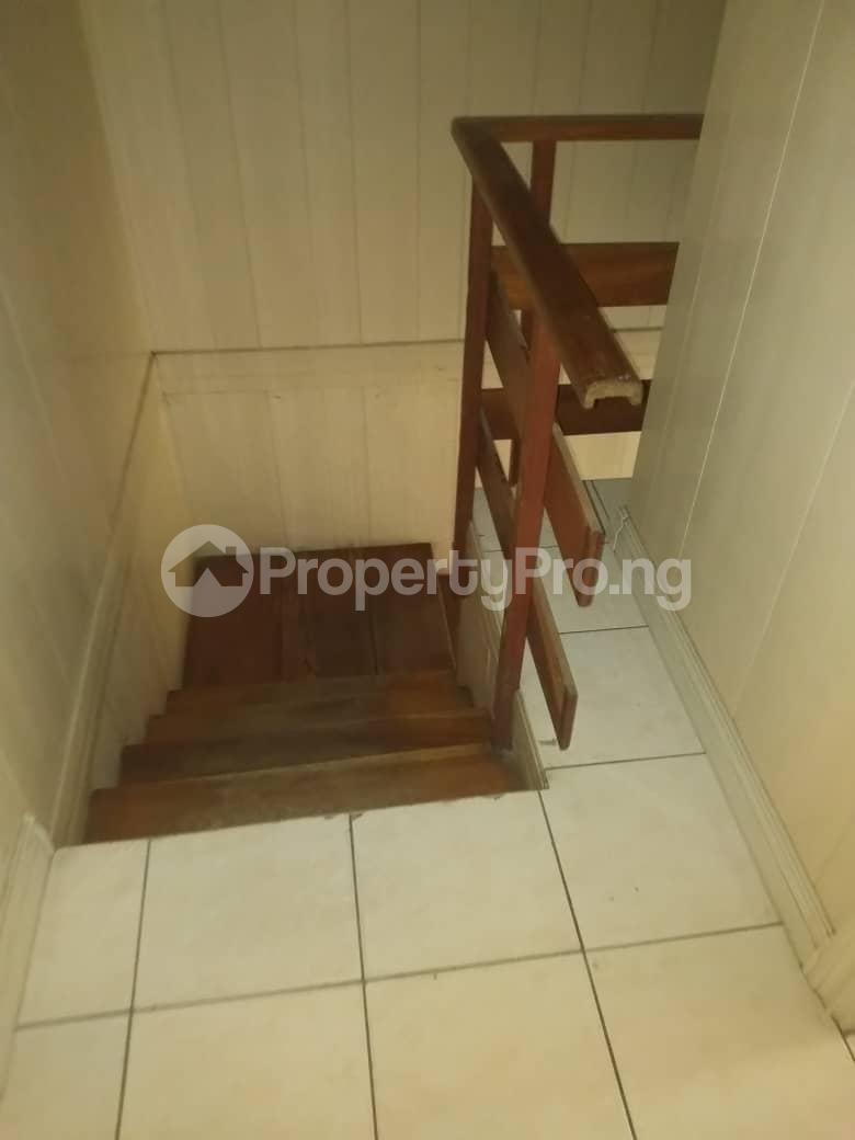 3 bedroom Terraced Duplex House for rent ROYAL ESTATE OFF BODE THOMAS Bode Thomas Surulere Lagos - 2