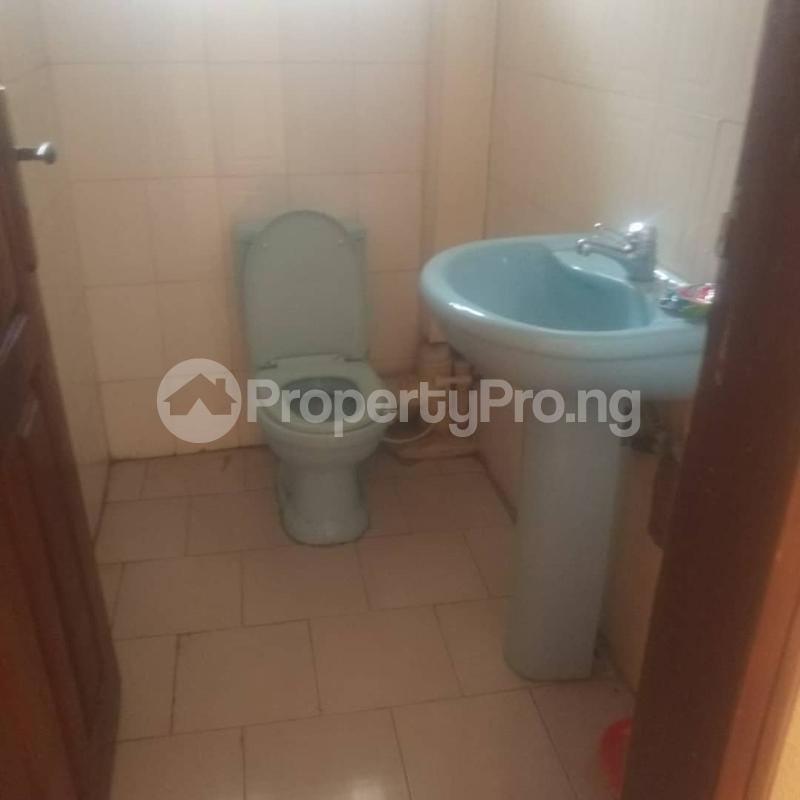 3 bedroom Blocks of Flats House for rent Makoko road,yaba Adekunle Yaba Lagos - 0