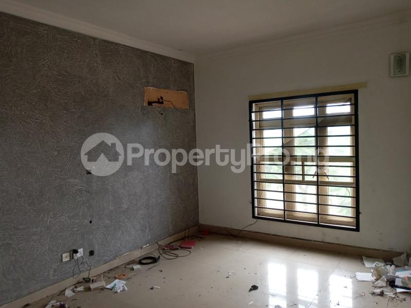 3 bedroom Flat / Apartment for rent Saint Agnes in an Estate  Jibowu Yaba Lagos - 3