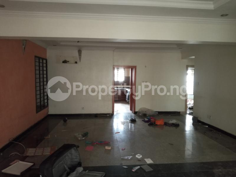 3 bedroom Flat / Apartment for rent Saint Agnes in an Estate  Jibowu Yaba Lagos - 12