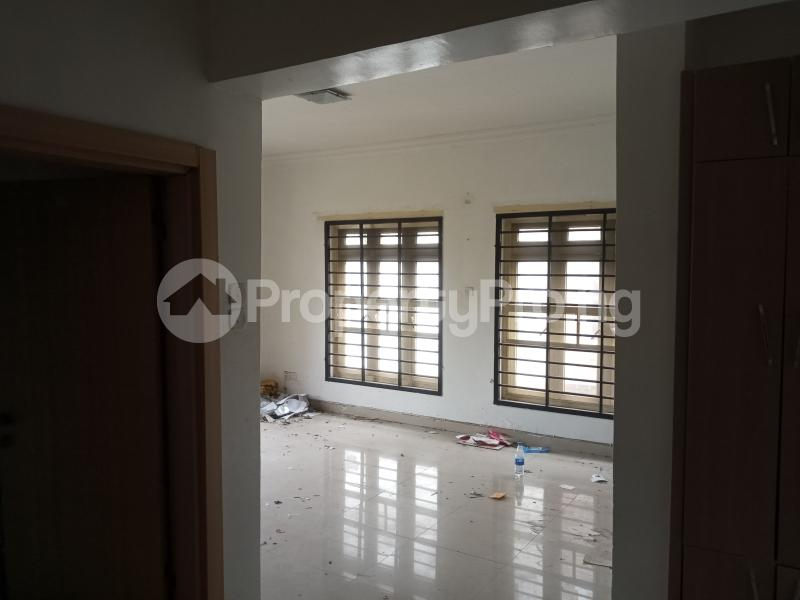 3 bedroom Flat / Apartment for rent Saint Agnes in an Estate  Jibowu Yaba Lagos - 7