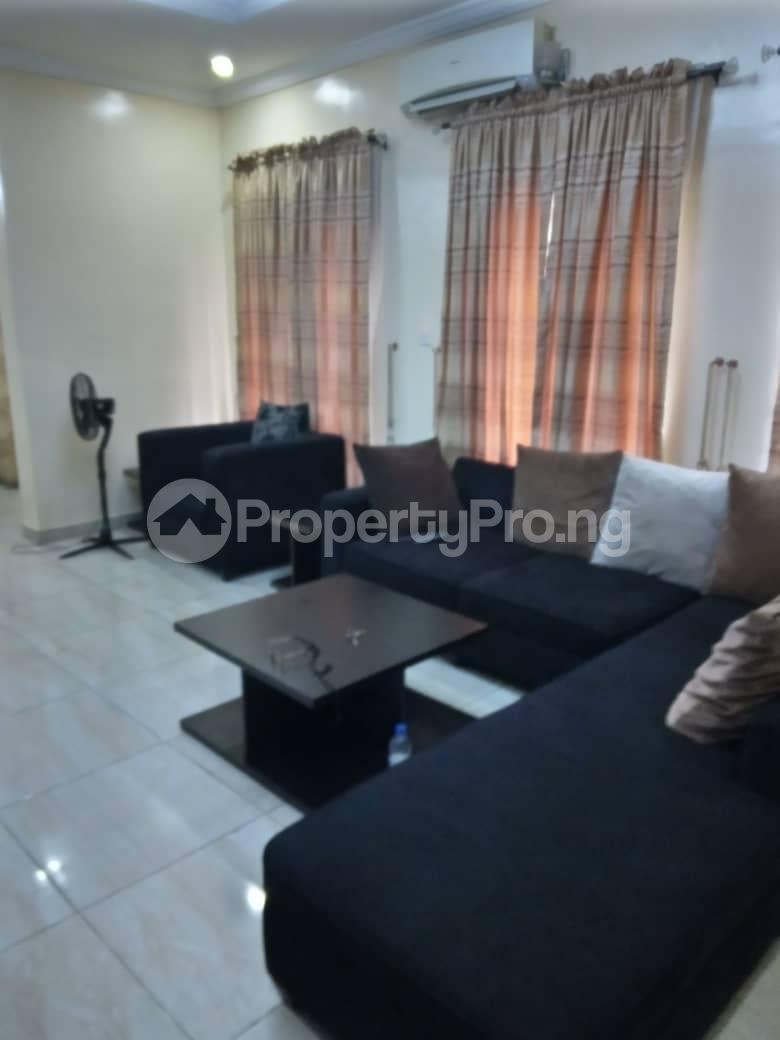 4 bedroom Detached Duplex for shortlet Magodo Gate Shangisha Kosofe/Ikosi Lagos - 0