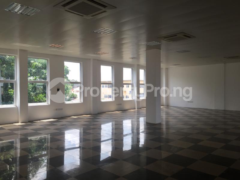 Office Space for rent Gra, Off Okpanam Road Asaba Delta - 11