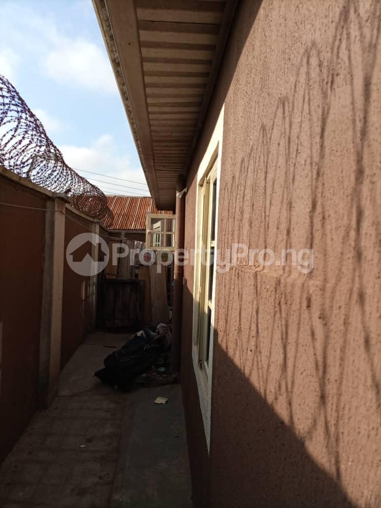 3 bedroom Flat / Apartment for sale Ipaja Ipaja Ipaja Lagos - 3
