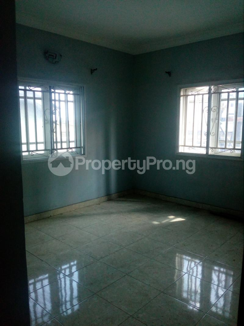 2 bedroom Flat / Apartment for rent Off Idiaraba road  idi- Araba Surulere Lagos - 6
