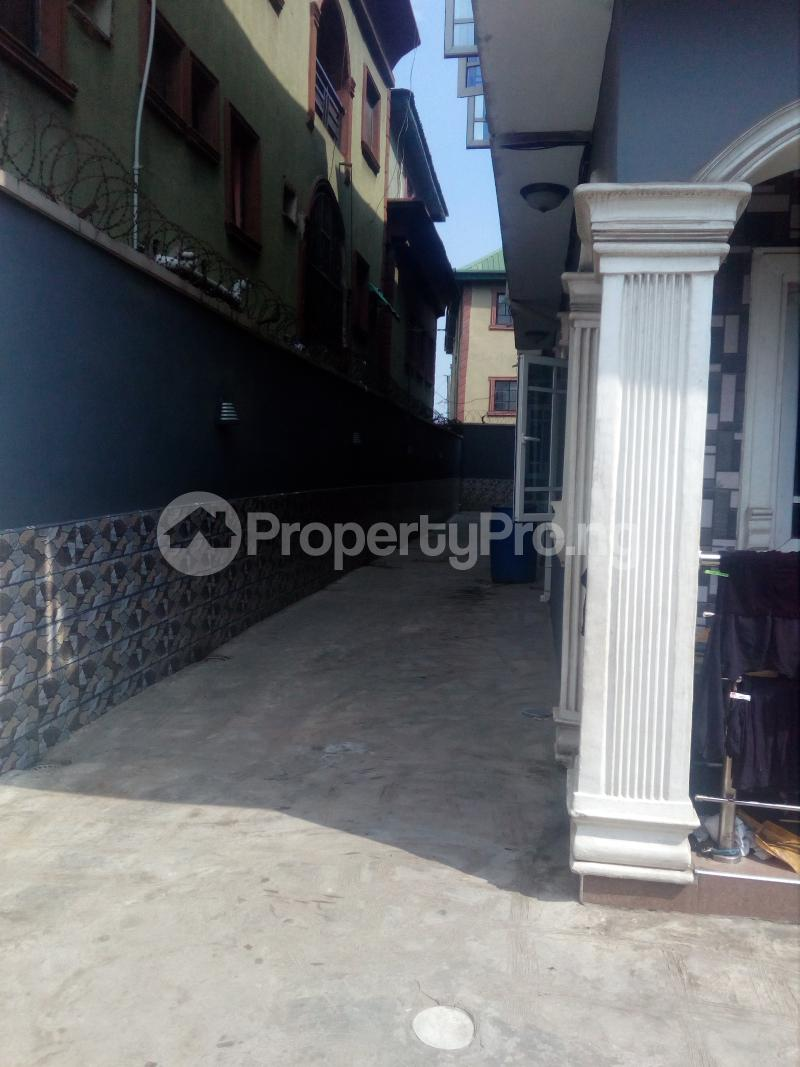 2 bedroom Flat / Apartment for rent Off Idiaraba road  idi- Araba Surulere Lagos - 9