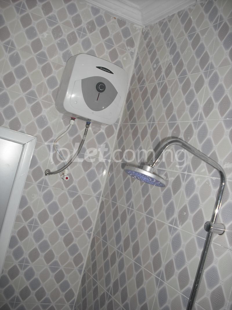 2 bedroom Flat / Apartment for rent Chief Rotimi Williams Estate Bola Ahmed Tinubu Road Off Iju Road ( K Farm Estate ) Ojokoro Abule Egba Lagos - 6