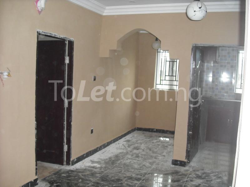 2 bedroom Flat / Apartment for rent Chief Rotimi Williams Estate Bola Ahmed Tinubu Road Off Iju Road ( K Farm Estate ) Ojokoro Abule Egba Lagos - 3