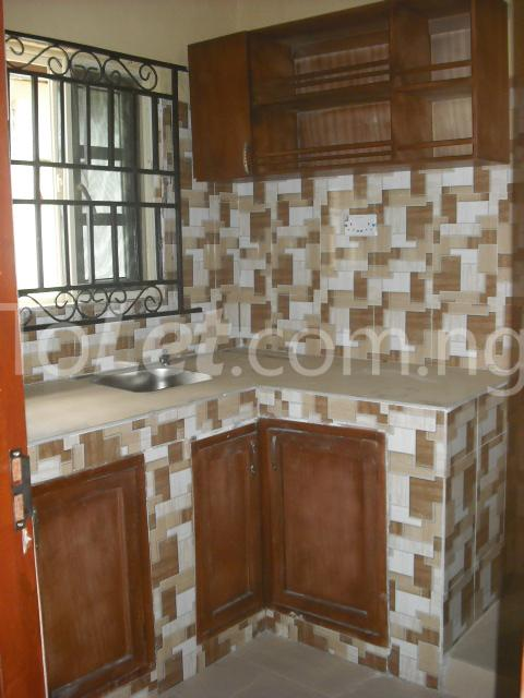 2 bedroom Flat / Apartment for rent Chief Rotimi Williams Estate Bola Ahmed Tinubu Road Off Iju Road ( K Farm Estate ) Ojokoro Abule Egba Lagos - 5