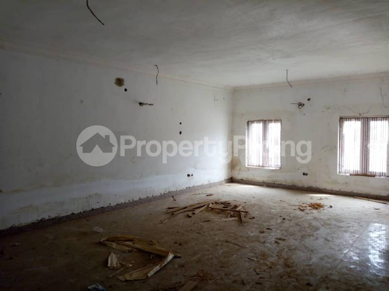 4 bedroom Terraced Duplex House for sale Alalubosa  Alalubosa Ibadan Oyo - 9