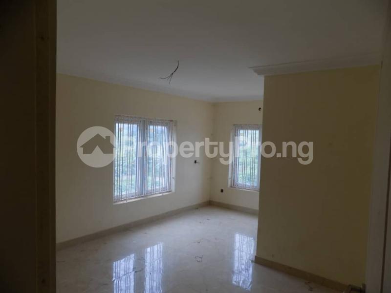 4 bedroom Terraced Duplex House for sale Alalubosa  Alalubosa Ibadan Oyo - 11