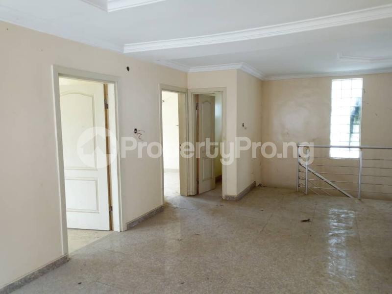 4 bedroom Terraced Duplex House for sale Alalubosa  Alalubosa Ibadan Oyo - 7