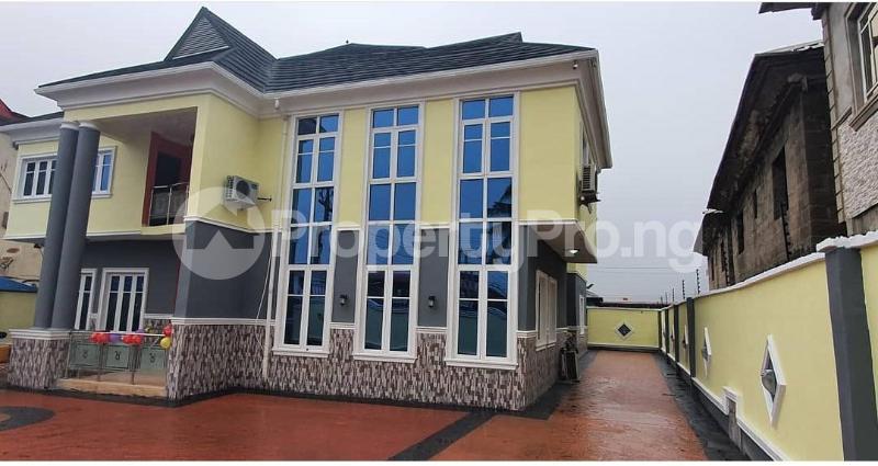 7 bedroom Detached Duplex House for sale Akowonjo Alimosho Lagos - 0