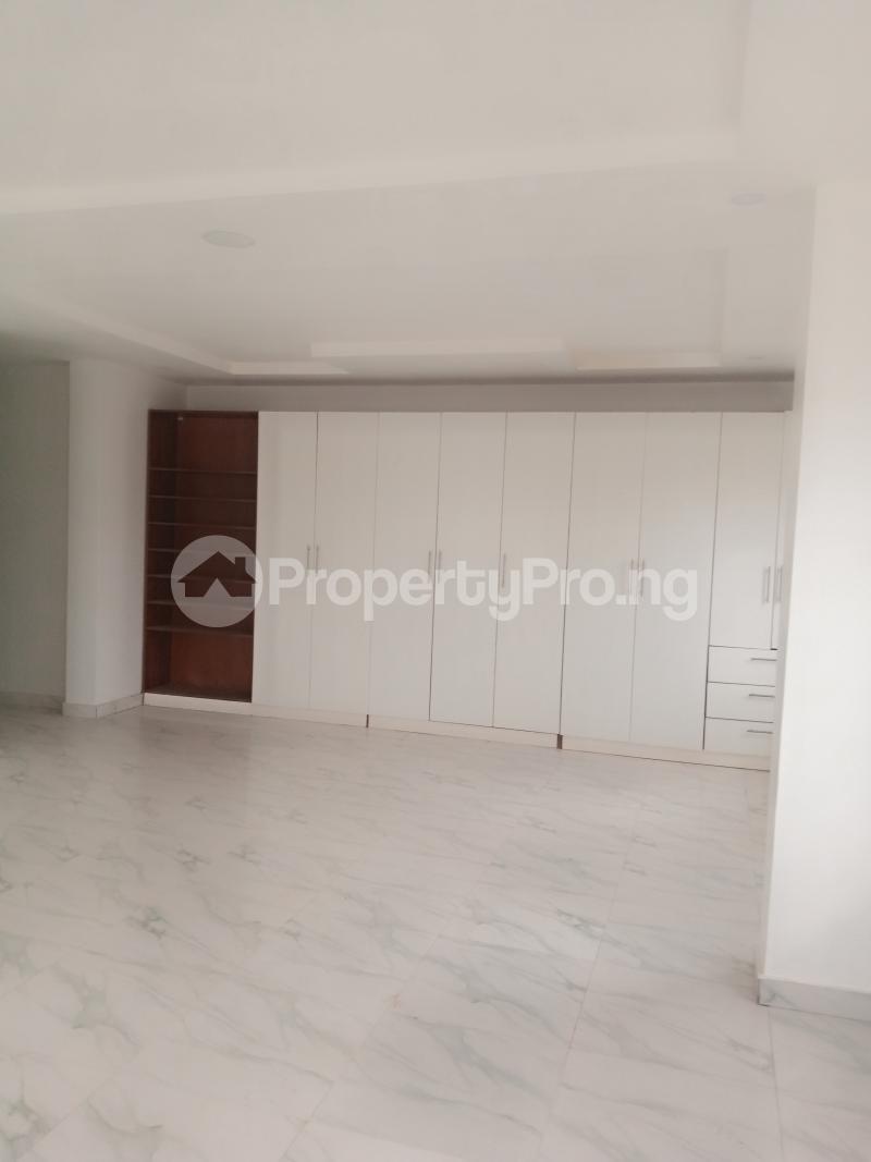 4 bedroom Terraced Duplex House for sale Awuse Estate Salvation Opebi Opebi Ikeja Lagos - 5