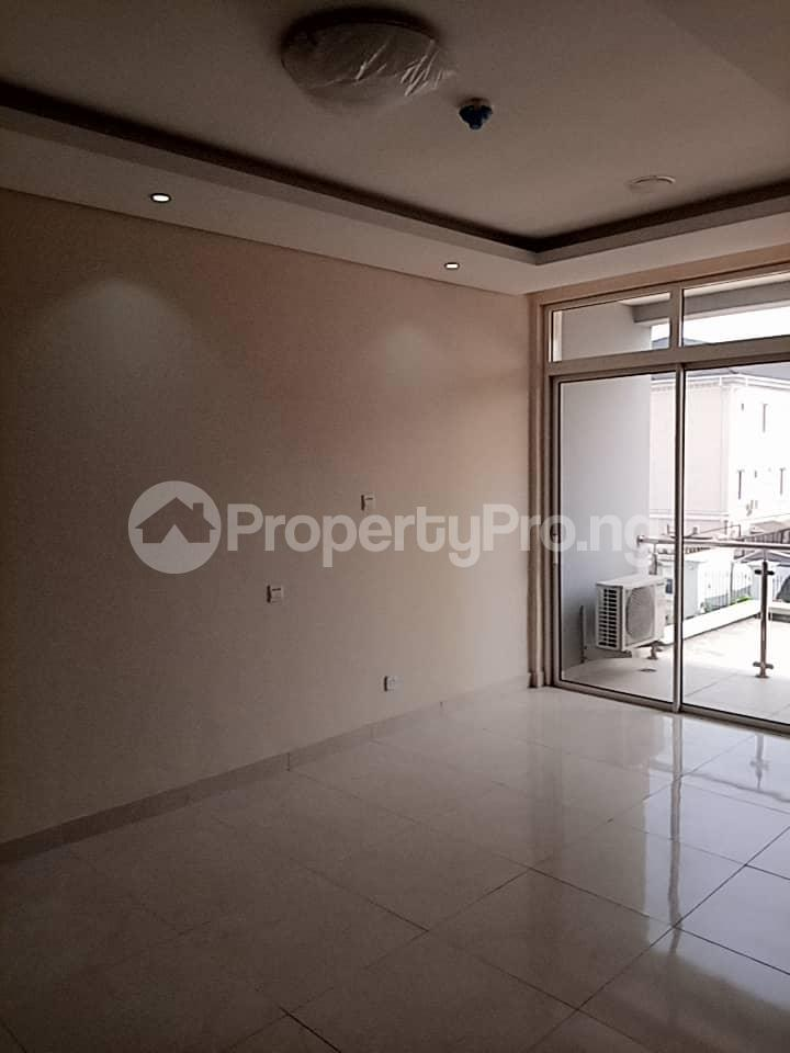 3 bedroom Flat / Apartment for rent within a close right inside Banana Island residential zone. Banana Island Ikoyi Lagos - 13