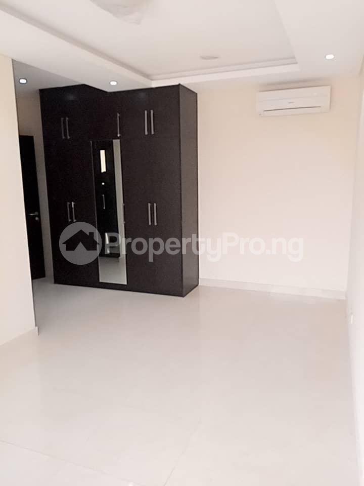 3 bedroom Flat / Apartment for rent within a close right inside Banana Island residential zone. Banana Island Ikoyi Lagos - 12