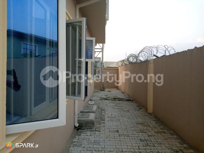 1 bedroom mini flat  Blocks of Flats House for rent Majek Sangotedo Ajah Lagos - 4