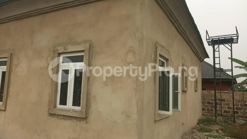4 bedroom Detached Bungalow House for sale agbarho  express RD after police station  Warri Delta - 0