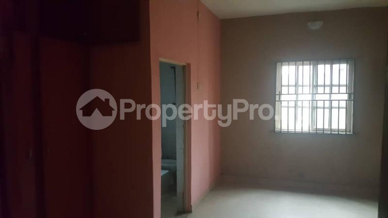 3 bedroom Flat / Apartment for rent ...Off Igidi Street Mende Maryland Lagos - 3