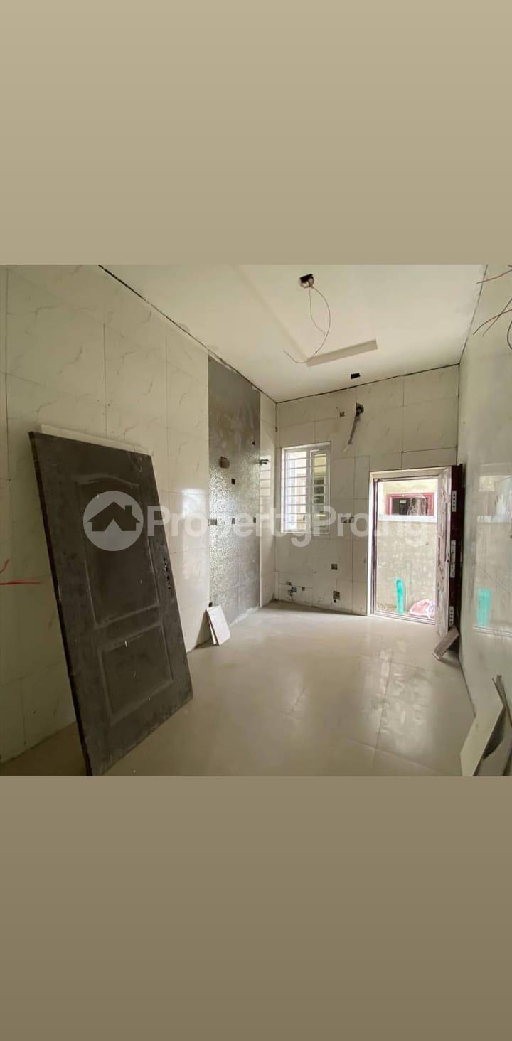 3 bedroom Terraced Duplex for sale 2nd Toll Gate Chevron Lekki Phase 2 Lekki Lagos - 3