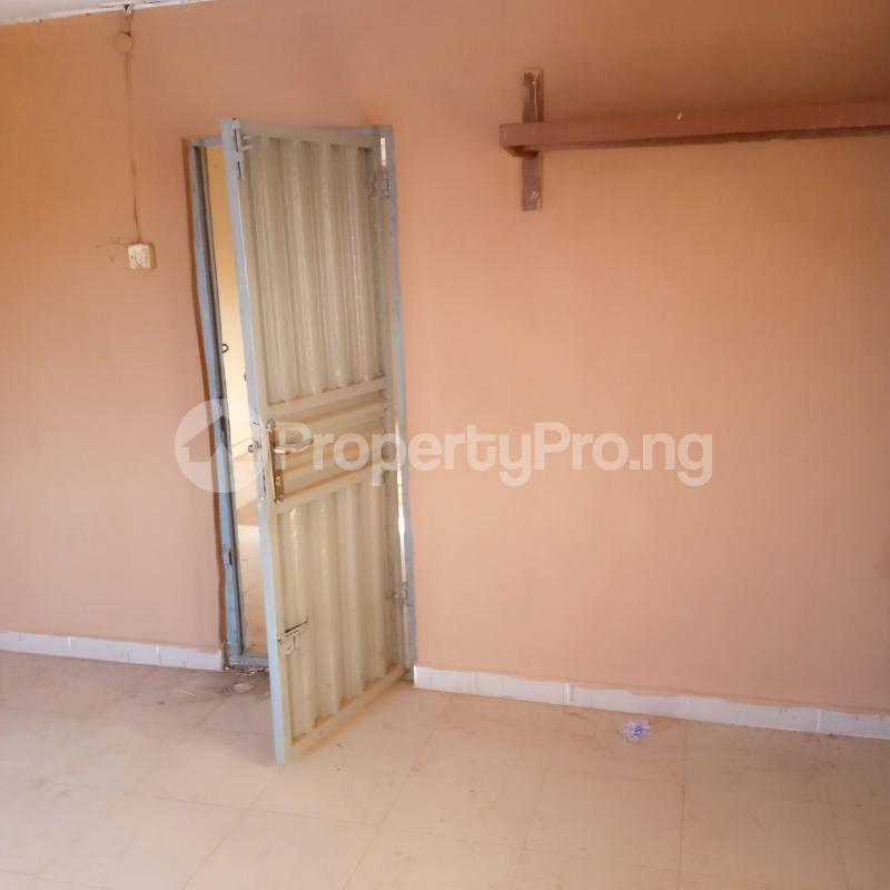 1 bedroom Mini flat for rent Old Ife Road Ibadan Behind Brent Supermarket, Ibadan Egbeda Oyo - 11