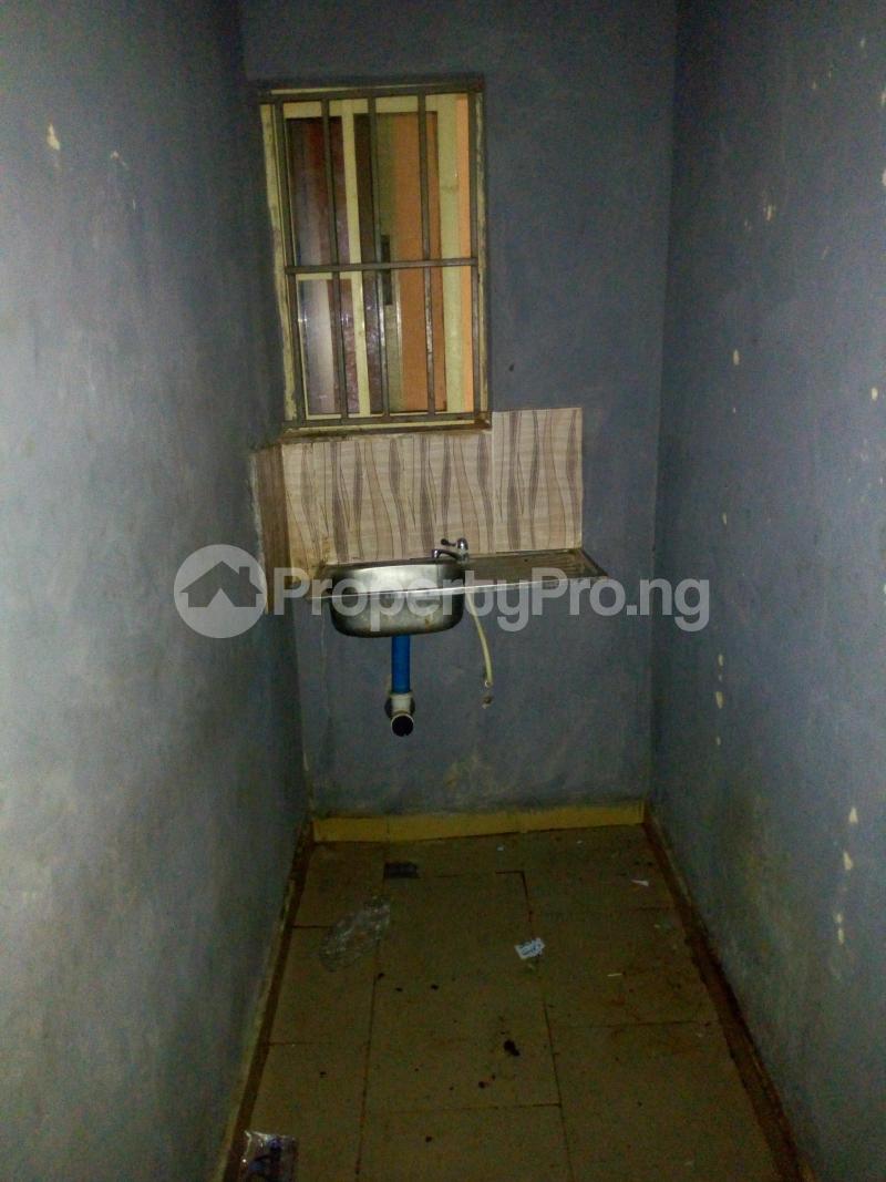 Studio Apartment Flat / Apartment for rent Barika Ibadan polytechnic/ University of Ibadan Ibadan Oyo - 4
