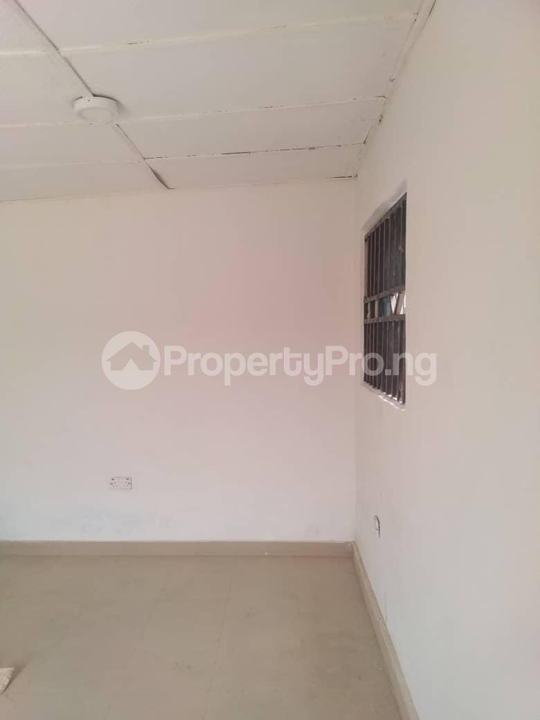 1 bedroom mini flat  Self Contain Flat / Apartment for rent Omikunle avenue Idishin Ibadan Oyo - 3