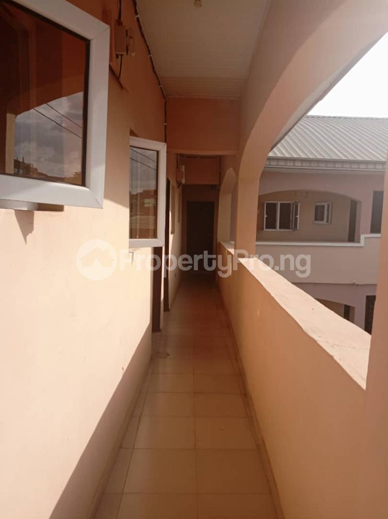 1 bedroom Blocks of Flats for rent Oremeta/adetokun/ologuneru/ibadan Eleyele Ibadan Oyo - 6