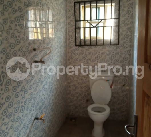 1 bedroom mini flat  Self Contain Flat / Apartment for rent After The River Olude, Ayekale Osogbo Osun - 3