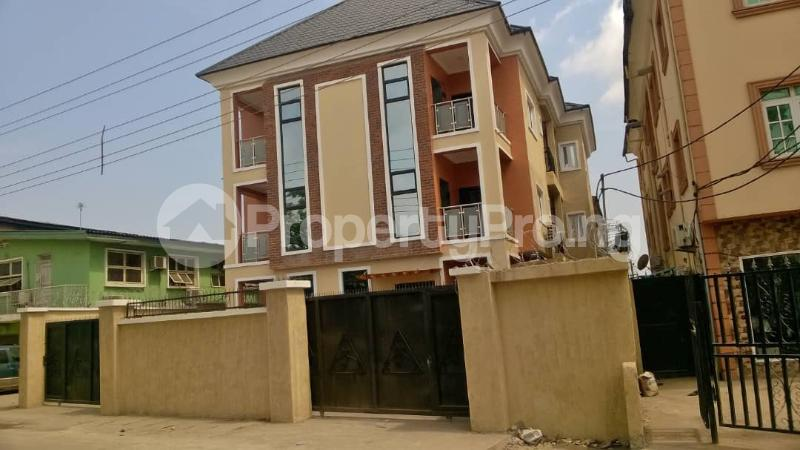 Flat / Apartment for rent Bariga Shomolu Lagos - 3