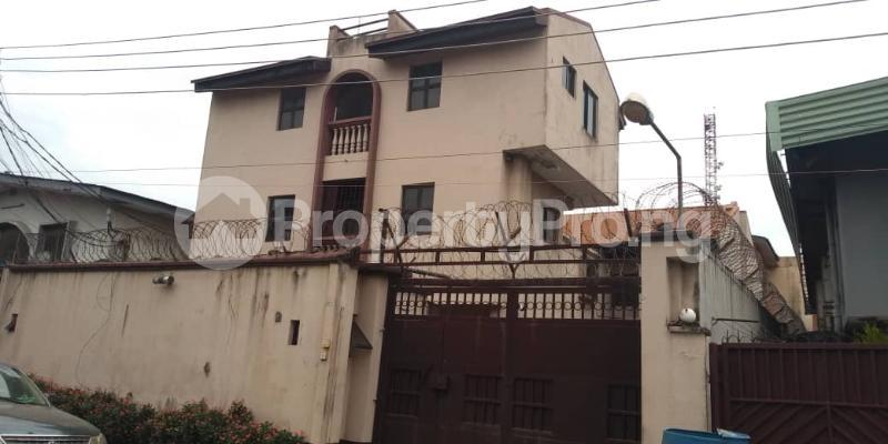 5 bedroom Detached Duplex for sale Oladehinde Ifako-gbagada Gbagada Lagos - 0
