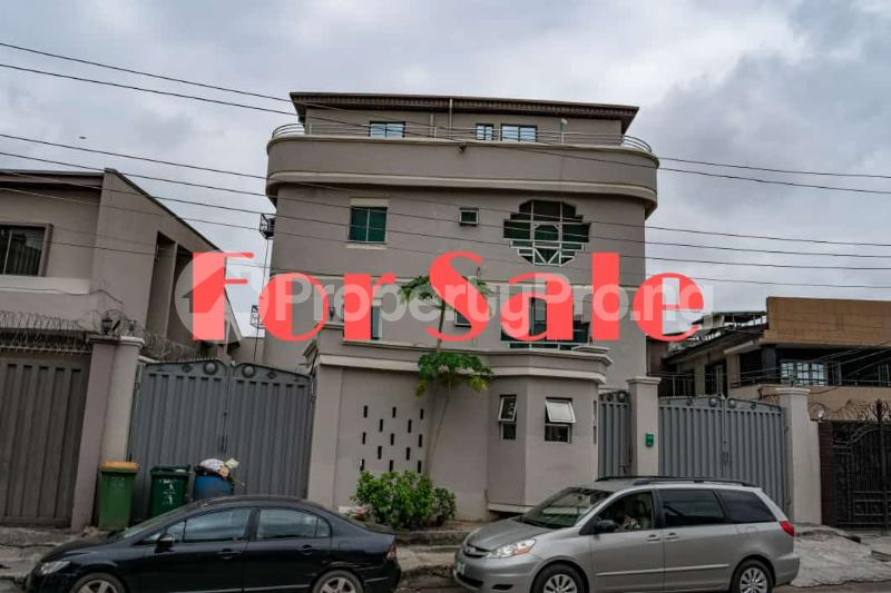 Blocks of Flats House for sale Johnson Street Off Bode Thomas Street Bode Thomas Surulere Lagos - 1
