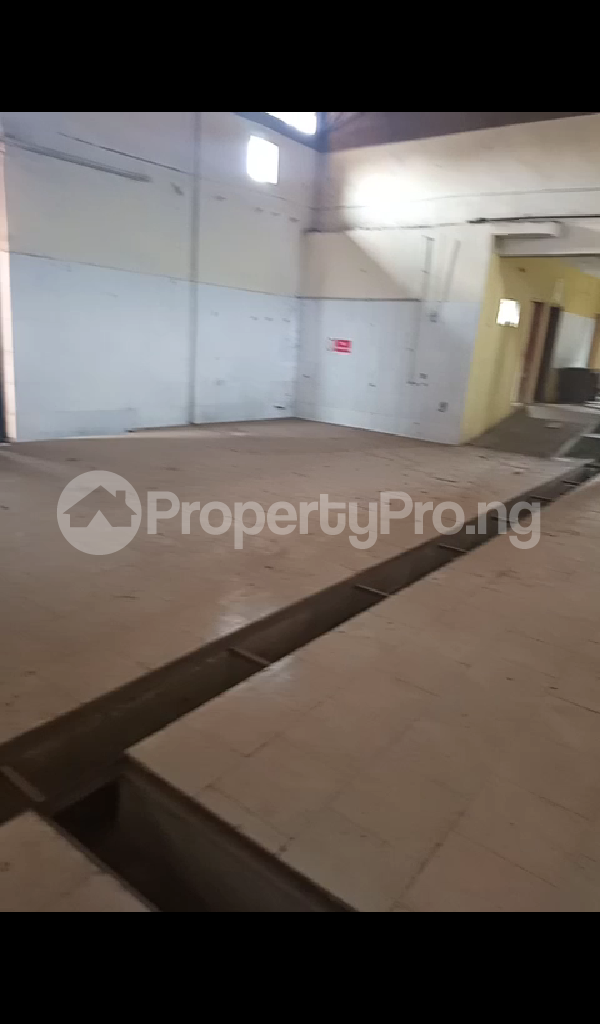 Warehouse Commercial Property for rent Egbeda toll gate Egbeda Oyo - 3