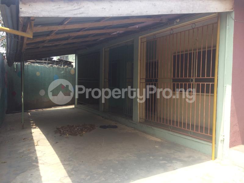 3 bedroom Flat / Apartment for sale Akinremi Street Ogba. Ogba Bus-stop Ogba Lagos - 9