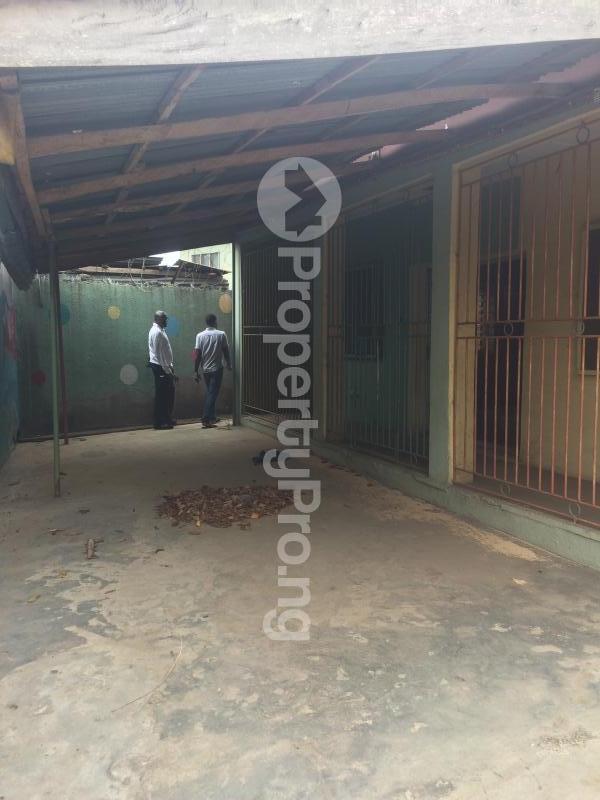 3 bedroom Flat / Apartment for sale Akinremi Street Ogba. Ogba Bus-stop Ogba Lagos - 14