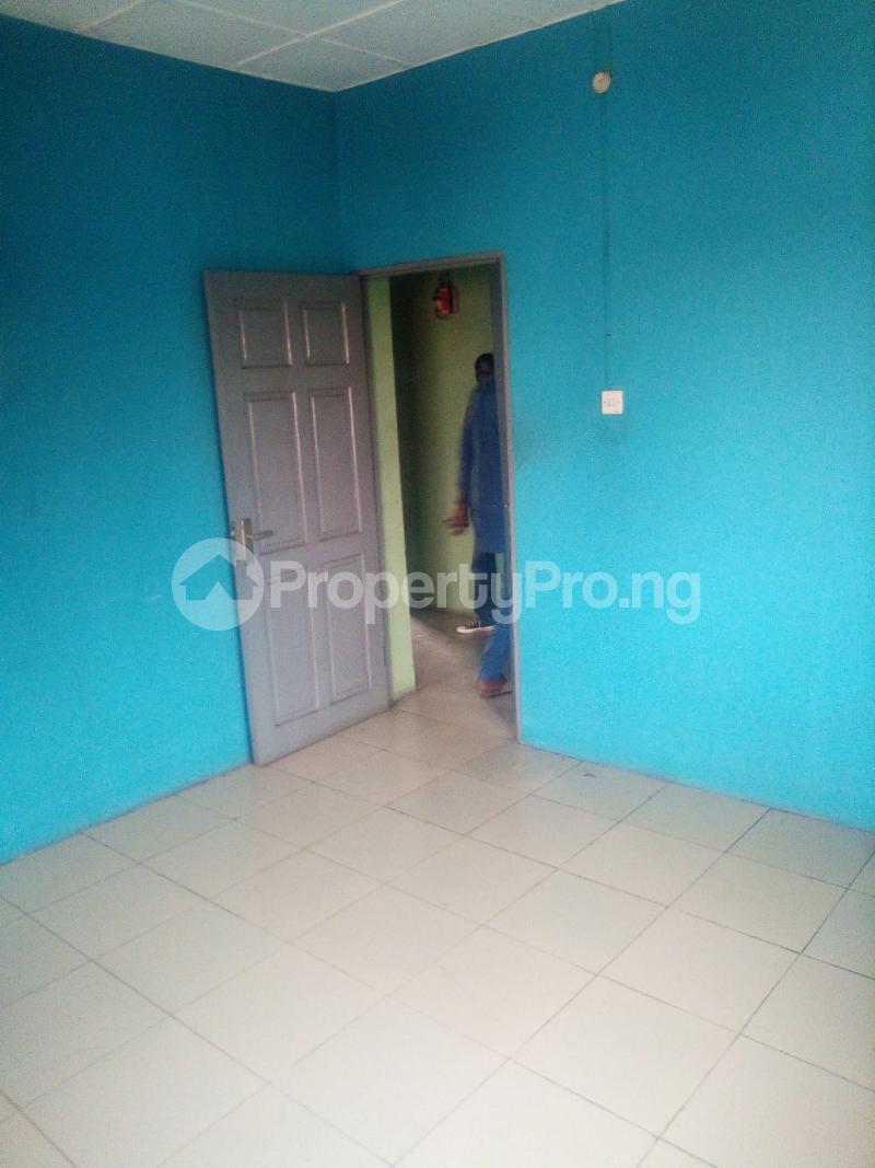 3 bedroom Flat / Apartment for rent Moke Oyeladun Estate Fagba Agege Lagos - 9
