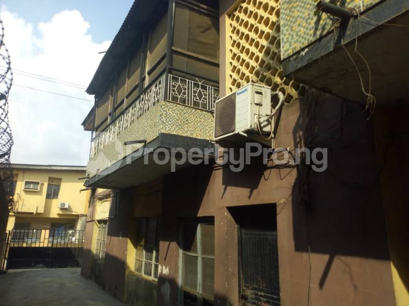 3 bedroom Blocks of Flats House for sale - Dopemu Agege Lagos - 6