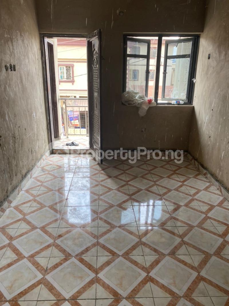 1 bedroom Mini flat for rent Off Folagoro Fola Agoro Yaba Lagos - 1
