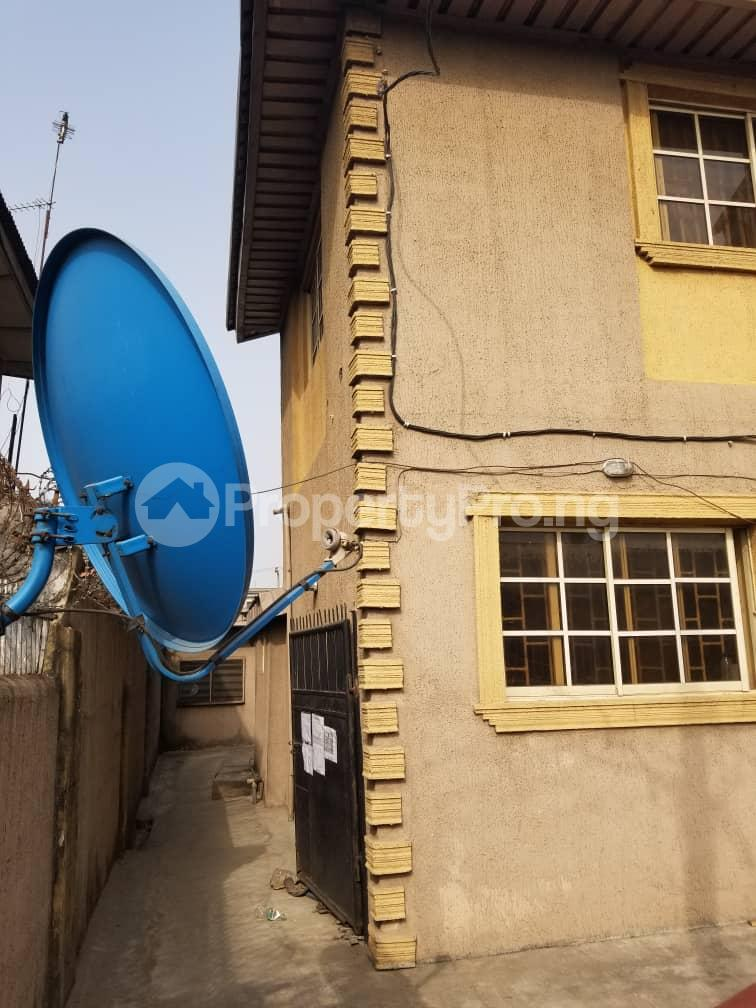 Blocks of Flats House for sale BY CHARITY  BUS STOP Oshodi Expressway Oshodi Lagos - 1