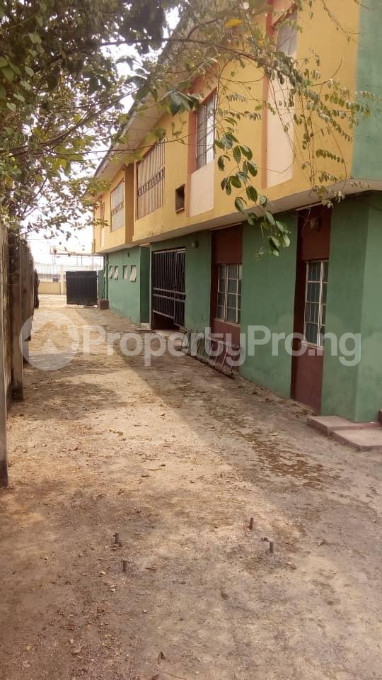 9 bedroom School Commercial Property for rent 163, Idiroko Express Road Ota. Opposite Ansar-Ud-Deen School Ota Ota GRA Ado Odo/Ota Ogun - 1