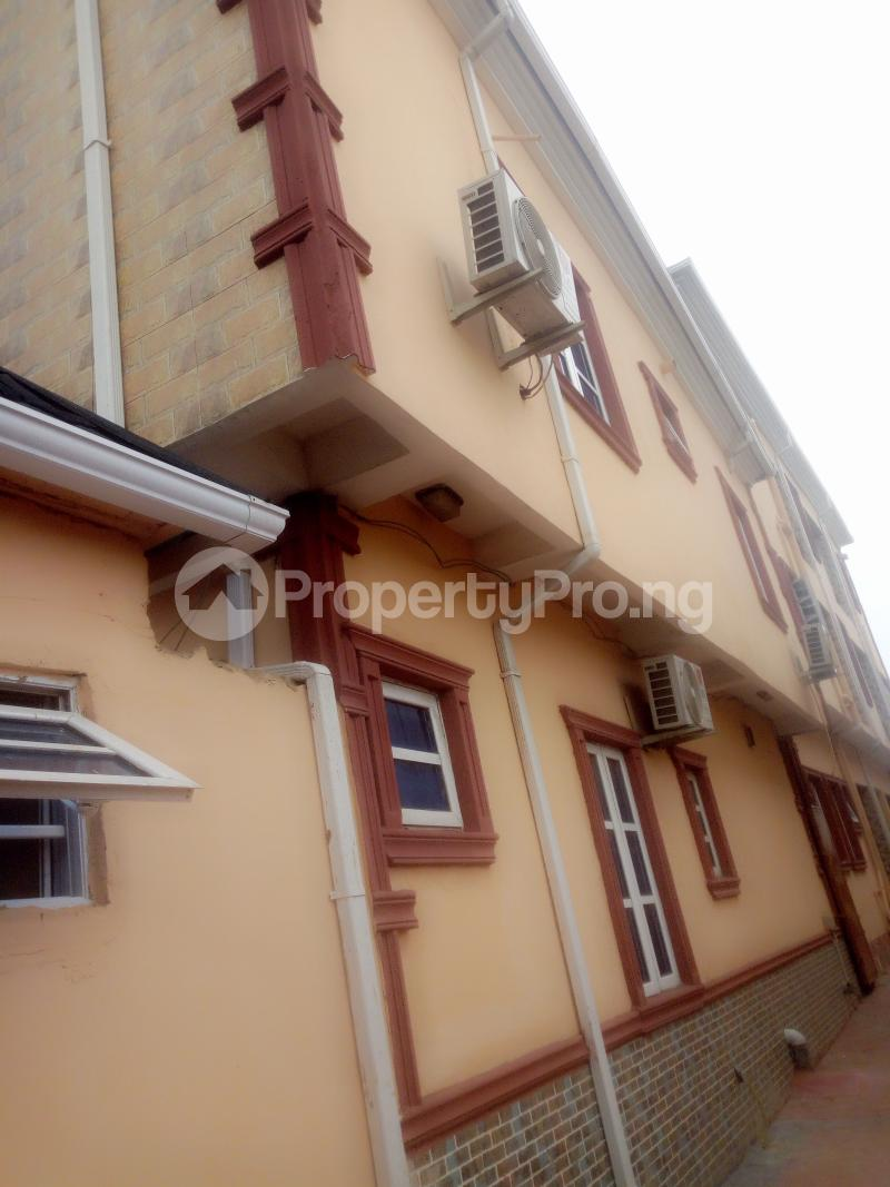 2 bedroom Flat / Apartment for rent Off Pedro Road Obanikoro Shomolu Lagos - 0