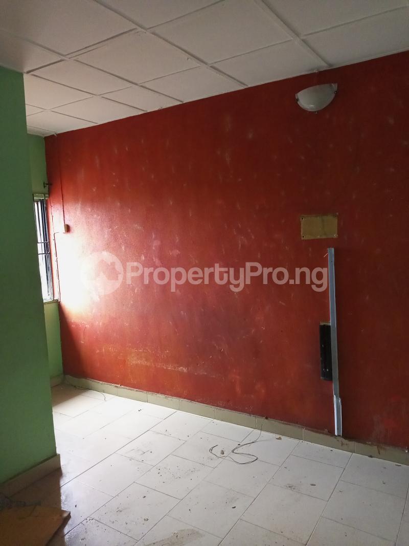 1 bedroom Mini flat for rent Off Bola Crescent, Alapere Kosofe/Ikosi Lagos - 2