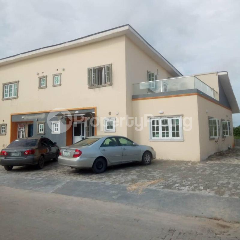 4 bedroom Detached Duplex for rent After Abraham Adesanya Estate By The Traffic Light, Before Lagos Business School ( Lbs) Lekki Gardens estate Ajah Lagos - 9