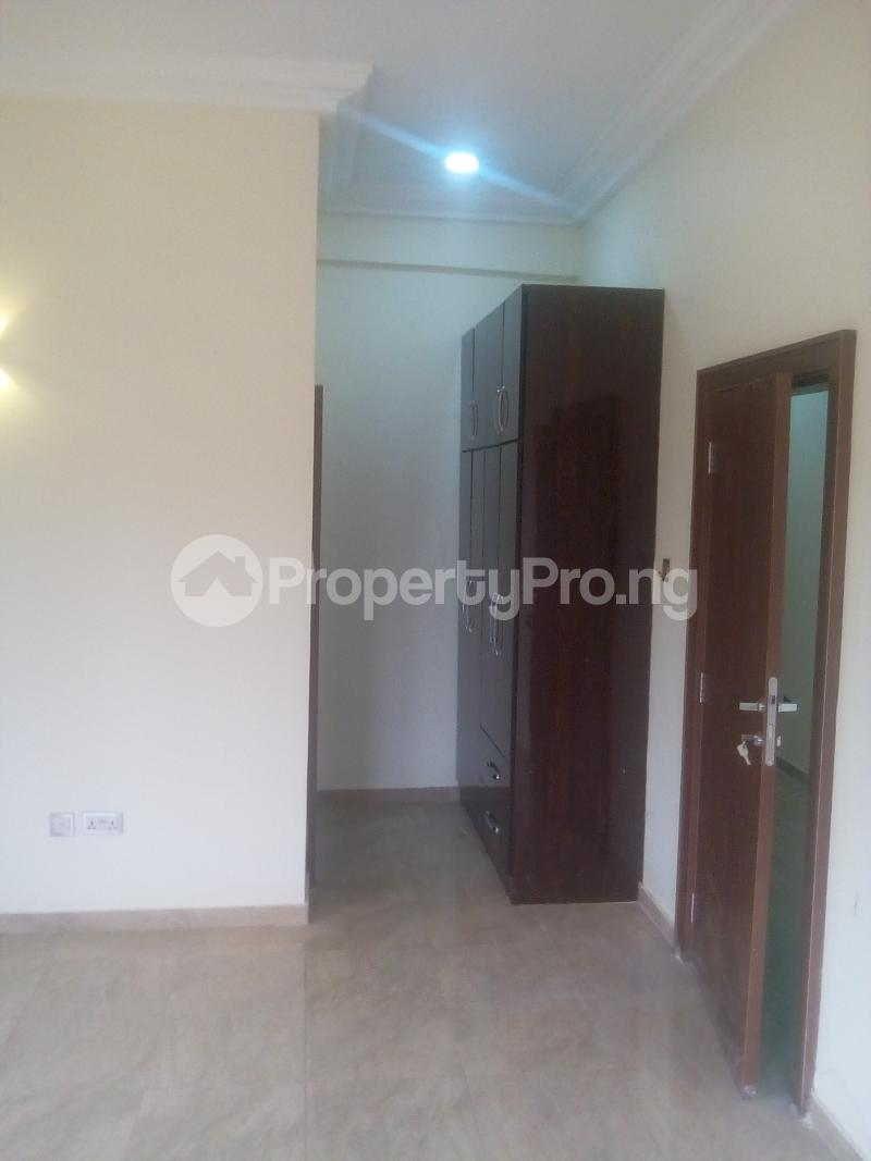 2 bedroom Blocks of Flats House for rent JAHI district Jahi Abuja - 5